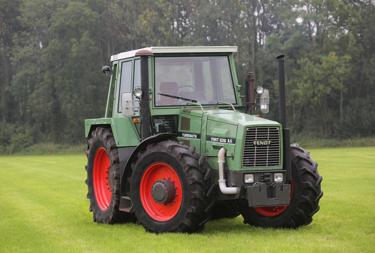 traction Fendt Favorit 626 Schmuck 2-2