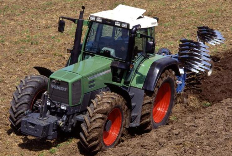 Fendt Favorit 800