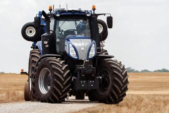 NH-Drive-Traktor von New Holland