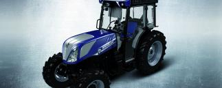 New Holland_ Weinbautraktor