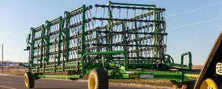 John Deere Striegel