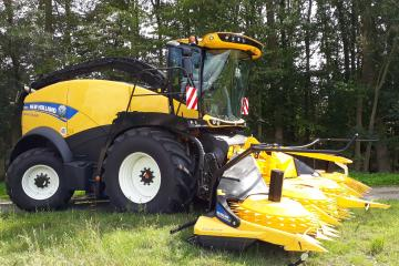 New Holland FR mit Stalkbuster