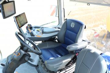 New Holland T8 Genesis Kabine