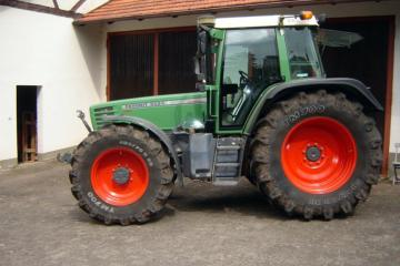 Fendt Favorit 515C auf technikboerse.com