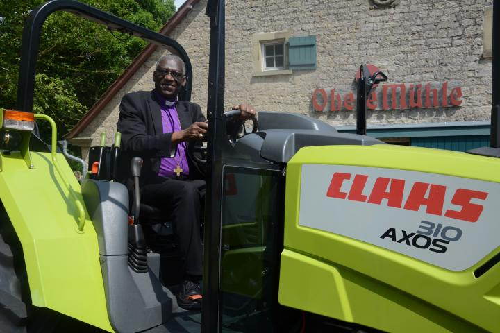 Claas Traktor in Tansania