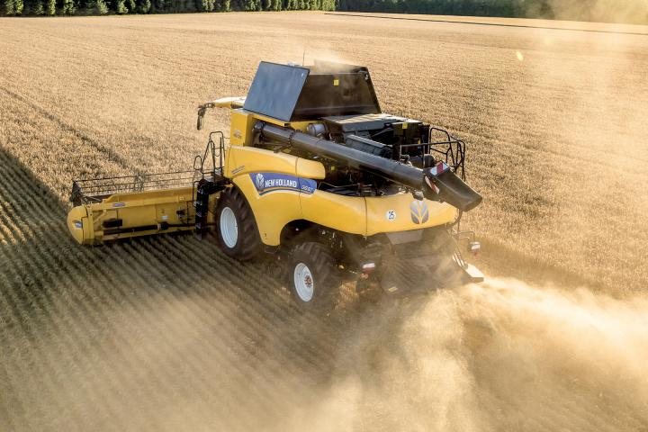 New Holland CR 8.80 Revelation Mähdrescher